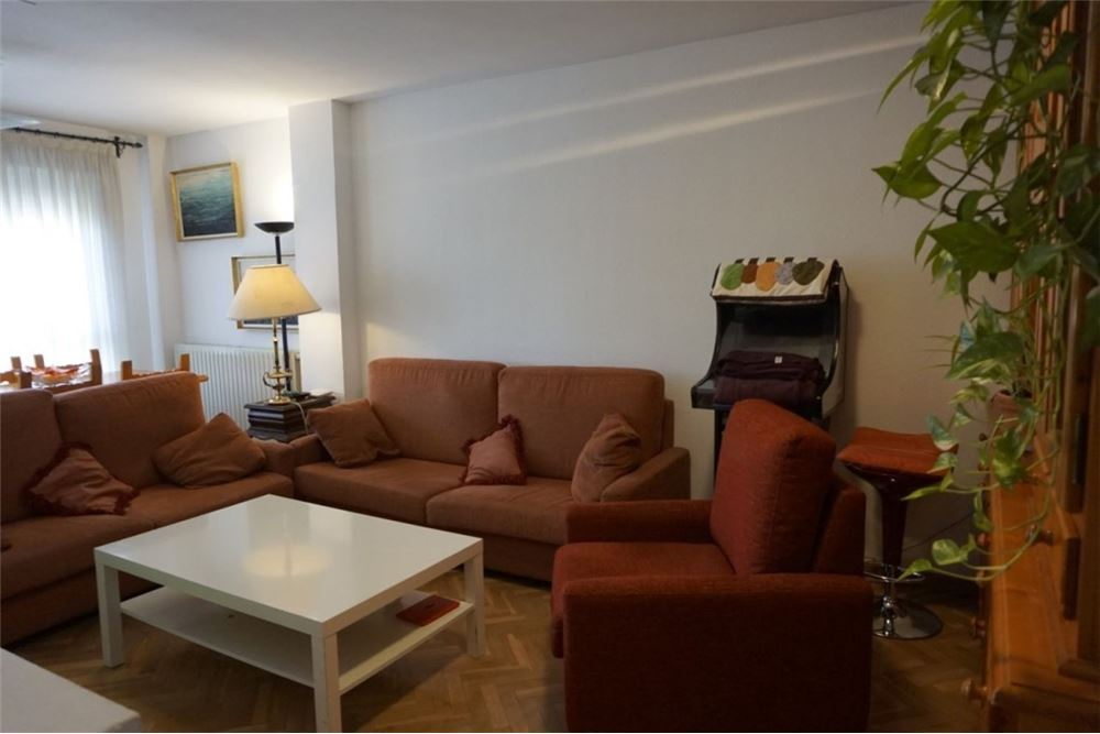Usera 3室2卫140平米大型公寓