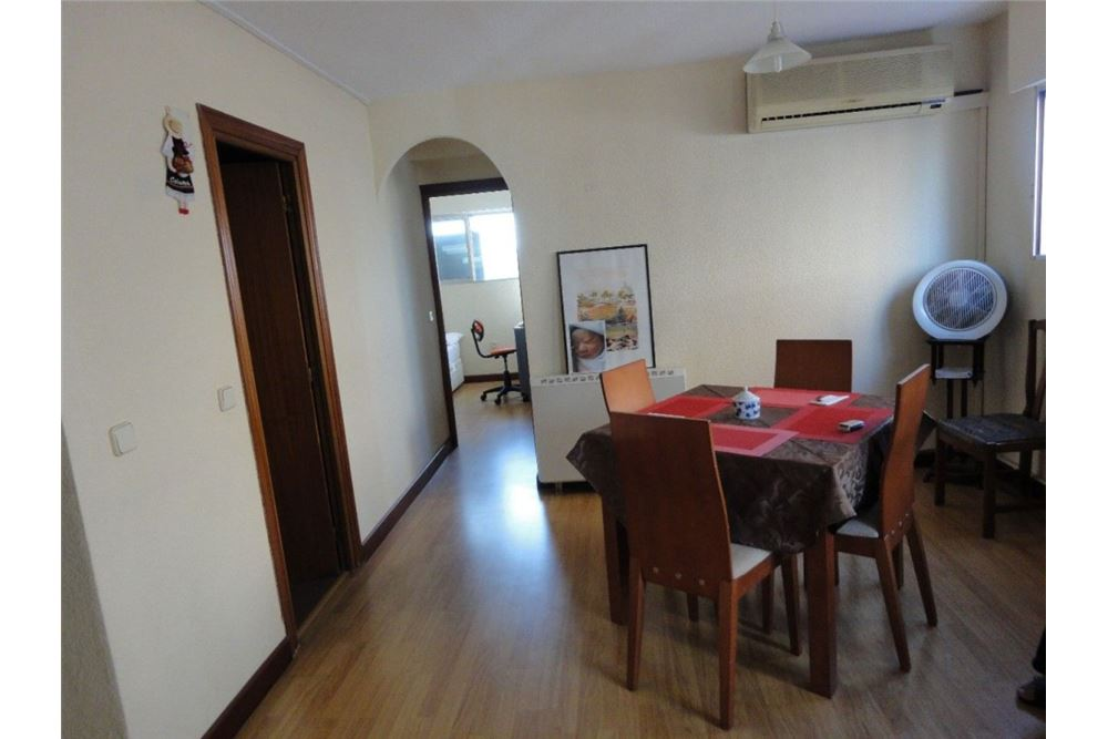 Valdeacederas,Tetuan 2室1卫精装紧凑型公寓