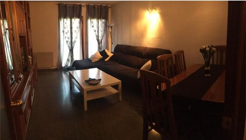 近地铁站Marqués de Vadillo 3室2卫公寓