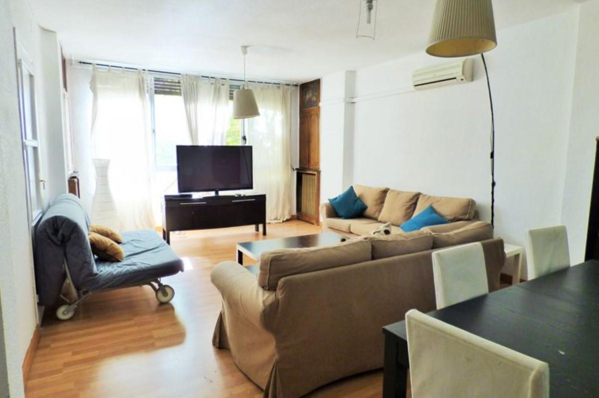 Argüelles地铁口 7室3卫投资型学生公寓